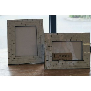 White Mosaic Picture Frame Set (0f 2)